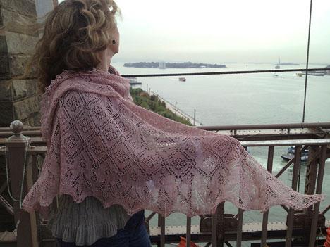 wasp and rose lace shawl knitting pattern