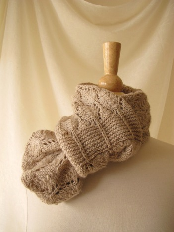 Birchleaf Cowl_Looped web