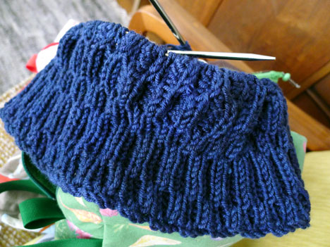 opArtCowl01_27