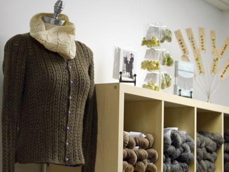bnwb-store-sweater