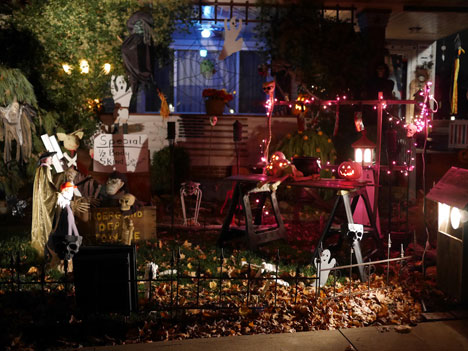 halloweenNightJ10_31