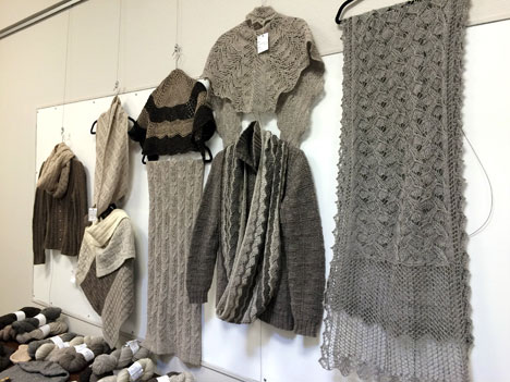 trunkShowShawls04_12
