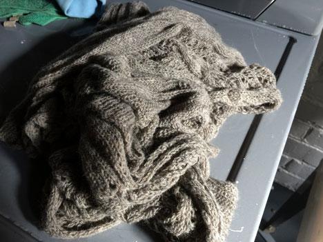 sweaterWashWedA05_08