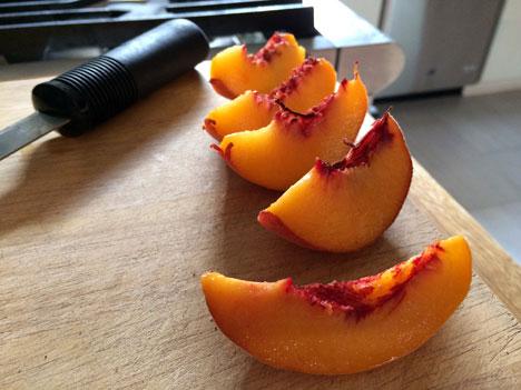 peachesCut08_27