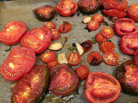 puttanescaTomatoes08_09