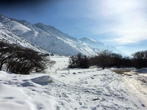 snowshoeingE01_29